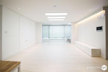 곰팡이에게 작별을 고하며 31평,모던,화이트,아파트,동작구,낡은집
