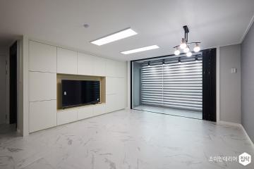 공간 활용을 극대화한 50평 같은 32평 아파트  32평,화이트,모던,아파트,용인시