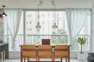 화이트와 그레이톤의 모던한 32평 아파트 인테리어 32평,화이트,모던,아파트,김포시,부모와아이,아이를위해,아이방,요즘뜨는지역,개발도시,스타일포인트,특별한조명,반복패턴,헤링본패턴