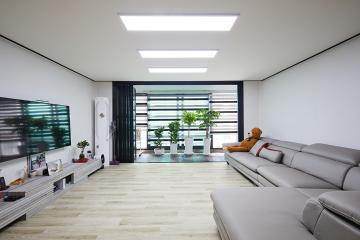 블랙 앤 화이트, 40평대 아파트 심플 인테리어