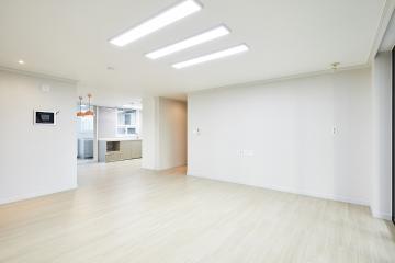 밝고 따뜻하게, 40평대 아파트 인테리어  개발도시,합리적인,가성비좋은,집값오르는인테리어,생활패턴에맞춘,쾌적함을위해,단점개선,불편함없이,널찍한주방,안양,호계동,43평