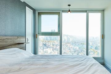 곳곳에 수납공간 채워 넣은, 30평대 아파트 모던 인테리어 특별한조명,디자인장판,살기좋은지역,집값오르는인테리어,빌트인,맞춤장설치,실용성중시,맞춤시설제작,쾌적함을위해,조리공간확보,동작구,신대방동,32평