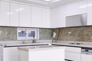 공간별 컬러 포인트를 활용한 40평대 아파트 인테리어