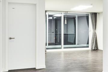 그레이&화이트의 모던함이 돋보이는 30평대 아파트 인테리어 수납력강화,생활패턴에맞춘,실용성중시,불편함없이,화이트,그레이,송파구,풍납동,32평,아파트