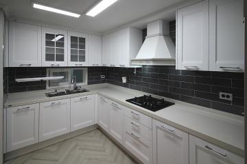화이트 베이스와 그레이 컬러로 모던함을 연출한 38평 아파트 인테리어 38평,화이트,그레이,모던,심플,안산,상록구