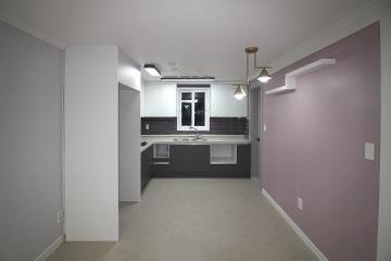 그레이 컬러와 폴딩도어로 완성된 32평 카페 분위기 아파트 인테리어