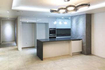 심플함과 럭셔리함을 더한 32평 아파트 인테리어