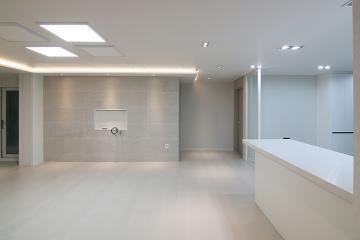 무채색 컬러 조합으로 완성시킨 고급스러운 35평 아파트 인테리어 35평,화이트,그레이,심플,모던,부천시,상동
