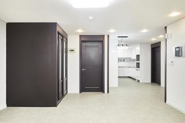 컬러 사용을 최소한으로 하여 넓어진 집, 32평 아파트 인테리어 32평,화이트,심플,아파트,인천,남동구