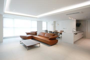 탁월한 컬러 선택으로 완성된 모던함, 65평 아파트 인테리어