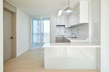 맑고 깨끗한 화이트 컬러로 완성시킨 24평 아파트 인테리어 24평,화이트,심플,모던,인천,만석동