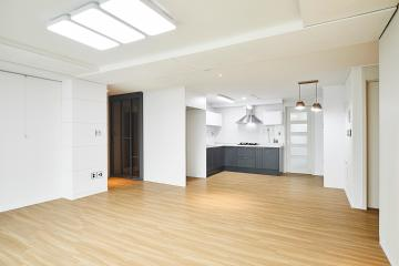 넓은 개방감이 돋보이는 30평대 아파트 인테리어 32평,아파트,화이트,우드,인천,부평구,삼산동