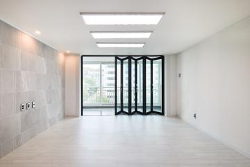 아트월과 블랙컬러로 포인트를 살린 39평 아파트 인테리어 39평,화이트,모던,아파트,인천