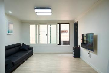 언제나 성공적인 화이트&그레이 컬러의 25평 아파트 인테리어 25평,화이트,심플,아파트,성남