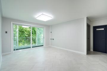 쿨하고 도시적인 그레이 컬러감의 31평 아파트 인테리어
