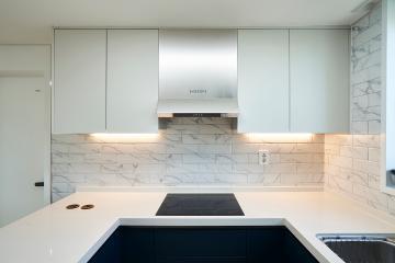 간접조명과 비앙코카라라 패턴으로 럭셔리한 연출, 32평 아파트 인테리어 32평,화이트,모던,아파트,안양