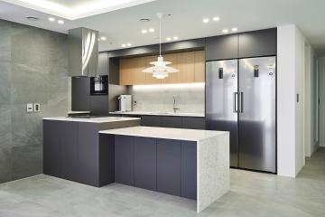 오래 머물고 싶어지는 현대적인 주방의 30평 아파트 인테리어 30평,그레이,모던,아파트,동작