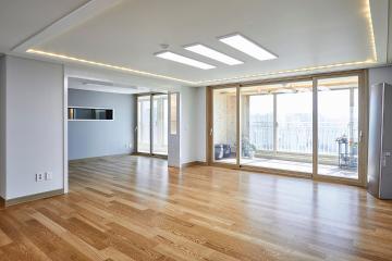 내츄럴한 편백나무와 아트월의 고급스러운 만남, 50평 아파트 인테리어 50평,화이트,내츄럴,아파트,서산