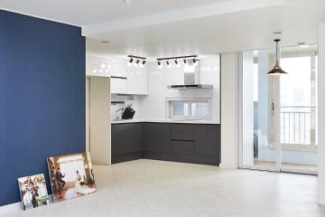 모던 스타일 조명과 해링본 패턴이 매력적인 34평 아파트 인테리어 34평,블루,모던,아파트,남양주