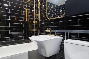 시크한 블랙 골드 컬러의 모던 럭셔리 욕실이 멋져, 24평 아파트 인테리어 24평,블랙,모던,아파트,수원