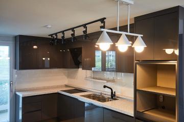 카페 같은 분위기 주방이 멋져, 30평 아파트 인테리어 30평,화이트,심플,아파트,의정부