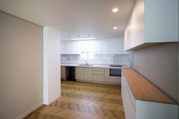 쉐브론 패턴으로 고급스러운 심플함, 41평 아파트 인테리어 41평,화이트,심플,아파트,성동