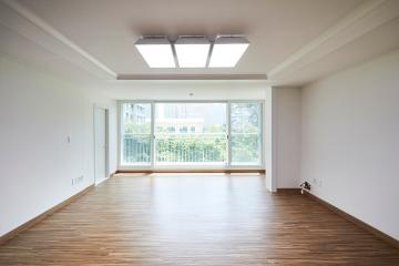 초록빛 바람이 불어오는 순백의 공간, 34평 아파트 인테리어 34평,화이트,심플,아파트,송파,잠실
