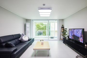 블랙 앤 화이트와 모던 심플의 만남 33평 아파트 인테리어 33평,화이트,모던,아파트,경기,오산
