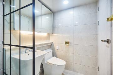 화이트 컬러로  심플하게, 패턴 타일로 고급스럽게 32평 아파트 인테리어 32평,심플,노원구,공릉동