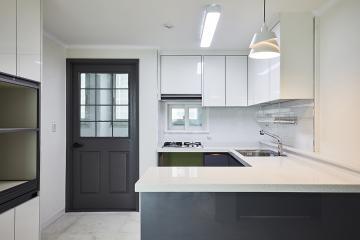 화이트&그레이 컬러로 완벽한 모던함을 선보인 22평 아파트 인테리어 22평,모던,시흥시,하중동