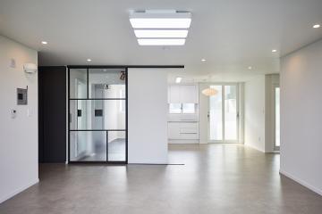 현대적인 美를 가득담아낸 공간, 33평 아파트 인테리어  33평,심플,모던,아파트,관악구,신림동
