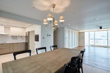 고급스럽고 우아한 뉴클래식 디자인, 61평 아파트 인테리어 뉴클래식,다이닝룸,웨인스코팅,성남시,분당구,수내동