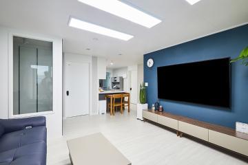 블루 포인트가 매력적인 모던 스타일의 28평 아파트 인테리어 파주시,문산리