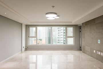 꾸미고 싶은 욕구가 샘솟는 인테리어를 완성시킨 46평 아파트 인테리어