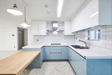 화이트 컬러와 고급스러운 패턴 타일의 만남, 32평 아파트 인테리어 32평,고급스러움,인천,중구