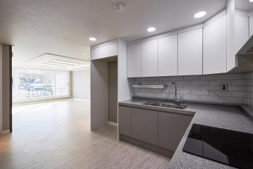 화려함보다 심플함의 매력을 보여준 공간, 29평 아파트 인테리어