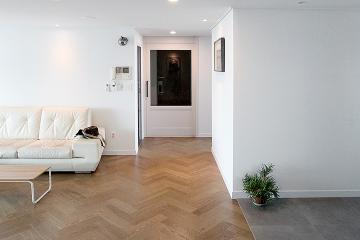 모던함과 클래식함이 사랑받는 이유, 뉴 클래식 스타일의 42평 아파트