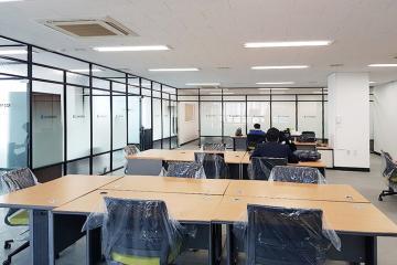 넓은공간과 쾌적한 업무공간, 75평 사무실인테리어