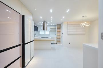 럭셔리한 주방과 멋스러운 공간들의 조합, 50평 아파트 인테리어