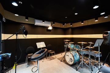 방음까지 완벽한 고급스러운 분위기, 40평 실용음악학원 인테리어