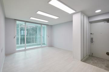 화이트 컬러로 심플하고 깔끔하게, 25평 아파트 인테리어