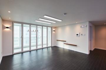 클래식에 모던을 더해보니 세련미가 탄생했다, 33평 아파트 인테리어. 30평대아파트,33평아파트,의정부시,금오동