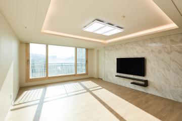 매일 럭셔리한 거실을 지나 세련된 안방으로, 34평 아파트 인테리어. 30평대아파트,34평아파트,부천시,송내동