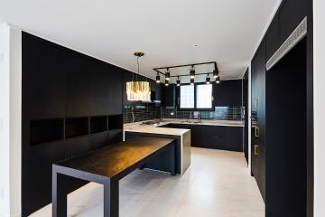 블랙의 시크함으로 무장한 주방이 매력적인 39평 아파트 인테리어 30평대아파트,39평아파트,화성시,청계동