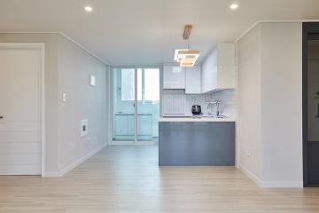화이트&베이지 컬러로 아늑하게 꾸며진 32평 아파트인테리어