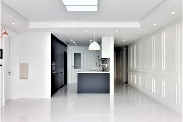 웨인스코팅과 비앙코카라라 패턴의 고급스러운 조화, 48평 아파트 인테리어 48평아파트,40평대,인천,연수구,송도동