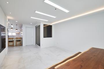 모던한 화이트톤의 30평대 아파트 30평대,32평,서울,서대문구,북가좌동