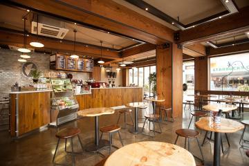 뉴욕 카페를 그대로 옮겨 둔 듯한 60평대 카페