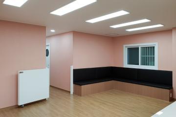 핑크컬러가 전해주는 싱그러움, 30평대 병원