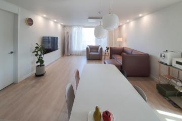 화이트 컬러의 편안한 공간, 30평대 아파트 30평대,33평,강남구,세곡동